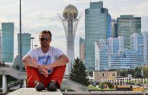 Astana – Noc vhodinovém hotelu města budoucnosti