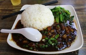 Jídlo v bufetu u nádraží - Wuhan